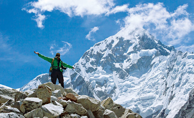 Climbing Mount Everest, facts and information