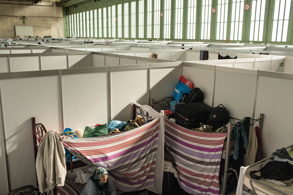 Picture of shelter in a hangar at Tempelhof